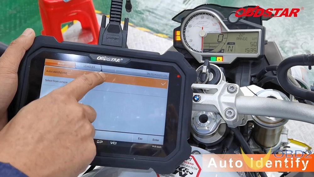 obdstar-ms80-scan-2018-bmw-s1000r-motorbike-04
